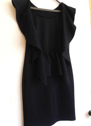 Шикарное фактурное платье по фигуре,открытая спина,воланы uk 10/eur 38/ us 36 (см.замеры)