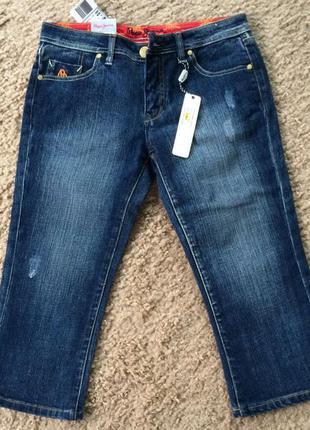 Pepe jeans london джинсы капри , на кармане лев р 44-46
