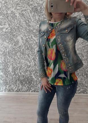 Джинсовая курточка с камнями, хс-с