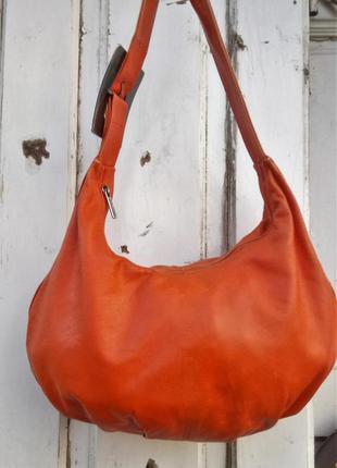 Ярко оранжевая кожаная сумка мешок jean marco valentino