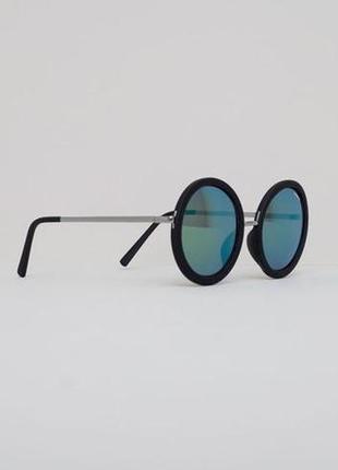 Солнцезащитные очки pull and bear
