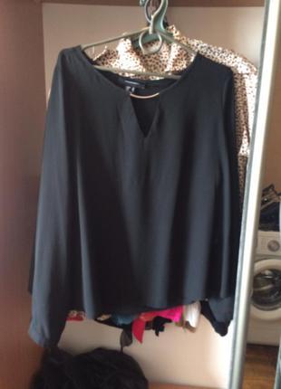 Черная идеальная  блуза