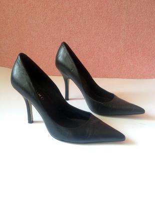Классические туфли лодочки, натуральная кожа