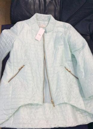 Весенняя куртка нежного мятного цвета