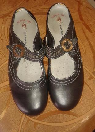 Отличные кожаные шлепанцы туфли с открытой пяткой от hush puppies,p.42