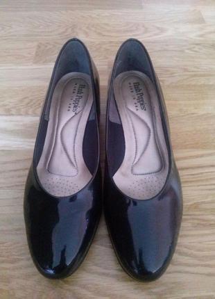 Туфли лодочки балетки лаковые