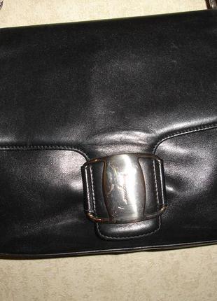 Фирменная кожаная сумка италия оригинал в идеале