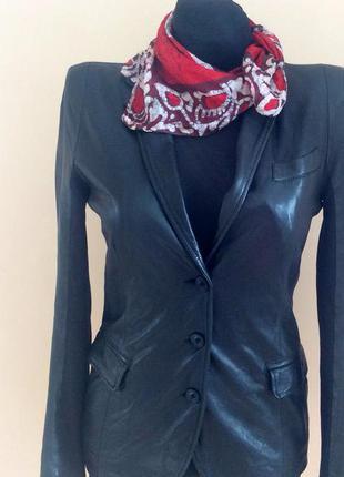 Брендовая кожаная куртка пиджак натуральная кожа лайка.