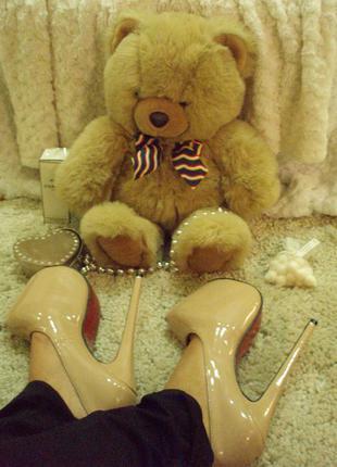 """Туфли """"лабутены"""", высокий каблук бежевые 37 размер"""