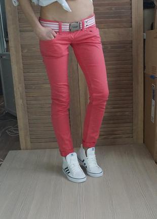 Классные яркие штаны