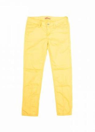 Очень стильные,яркие,актуальные хлопковые брюки от mustang,р.27,xxs-xs.много интересных вещей,сумок.