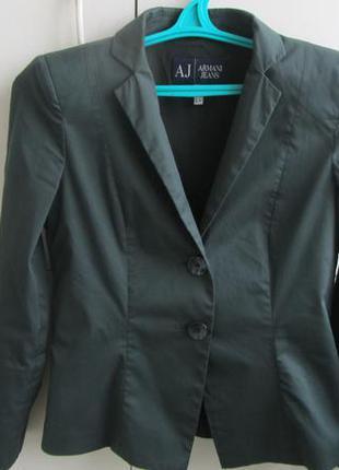 Стильный женский пиджак armani jeans