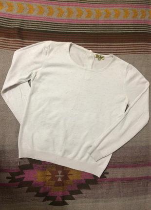 Белый свитерок с интересной фактурой