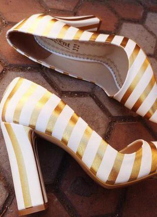 Туфли женские/туфли каблук/средний каблук/толстый каблук/высокий каблук/белые туфли/полосатые