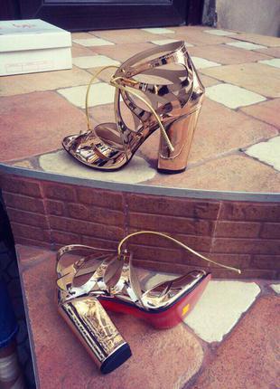 Босоножки женские/босоножки средний каблук/босоножки высокий каблук/красная подошва/золотые босоножк