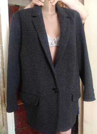 Распродажа.класное пальто-пиджак бойфренд 36 размер