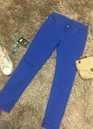 Якісні стрейчові джинси .m(38).б/у