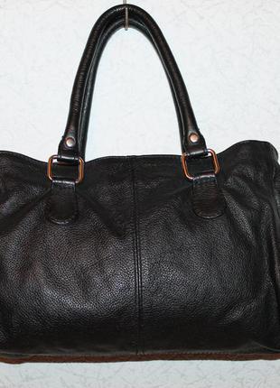 Стильная и практичная сумка от next 100% натуральная кожа