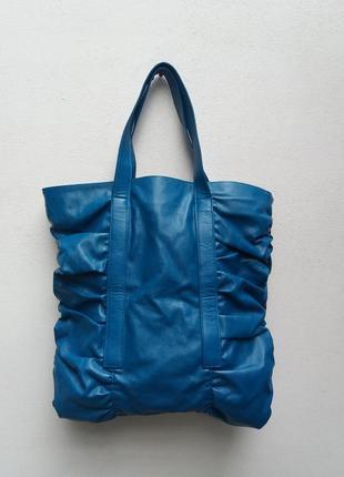 Крутая квадратная сумка от lancome