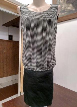 Цікаве плаття від hallhuber donna