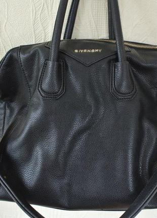 Черная сумка givenchy