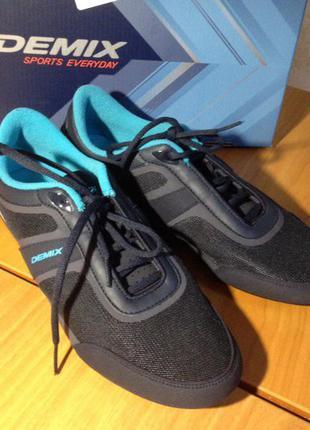 Кроссовки для фитнесса и танцев
