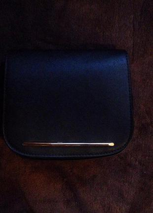 Шикаарная маленькая чёрная сумочка sinsay!!
