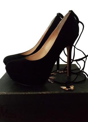 Казкові туфлі / туфли medea