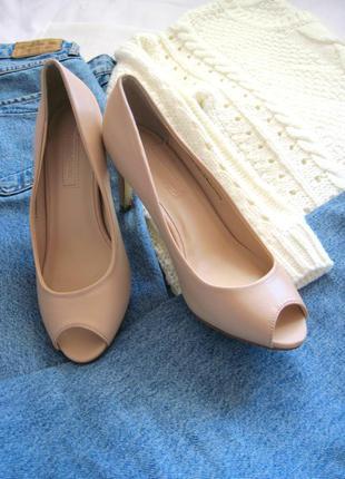 Пудровые лодочки с открытым носком dorothy perkins