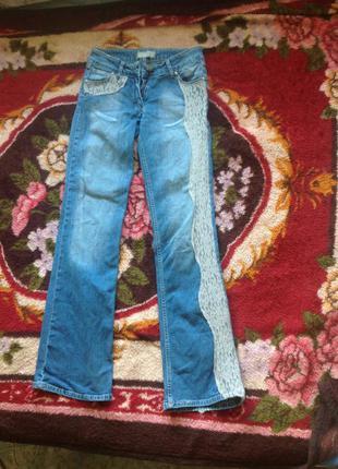 Фирменные джинсы iceberg с кружевными вставками