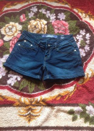 Фирменные джинсовые шорты junker jeans