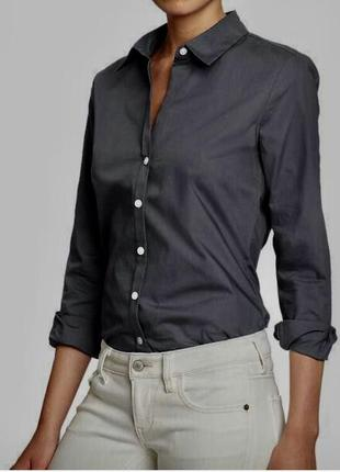 Стильная серая рубашка