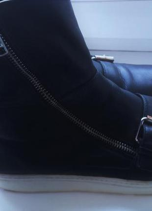 Кожаные ботинки zara (39 размер)