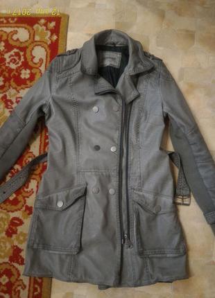 Шикарная куртка кожанка