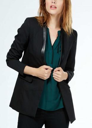 Удлиненный пиджак с кожаными встаками от kiabi(франция)р.36