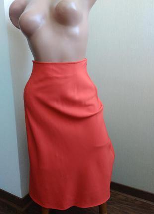 Коралловая юбка с завышенной талией от valentino