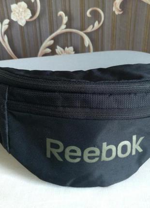 Бананка / сумка на пояс reebok