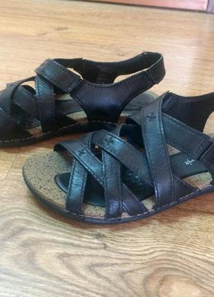 Кожаные сандали сaprice