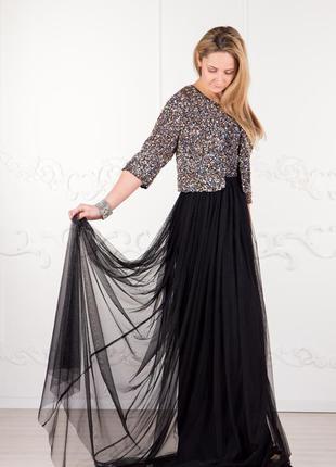 Красивое классическое платье для выпускного или другого праздника