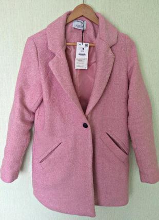 Пальто новое с биркой zara