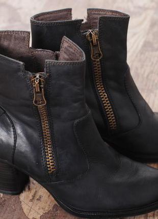 Кожанные ботинки tamaris