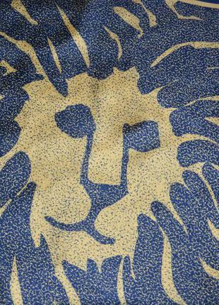 Anne klein. винтажный подписной шелковый платок с абстрактным изображением логотипа - льва