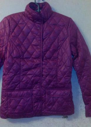 Куртка женская, демисезонная, стеганная. ог 110 об 120 длина 70