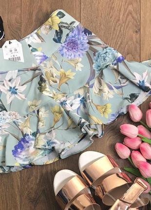 Очаровательная мини юбка с нежным принтом и романтичными воланами    ki1596    lft by zara