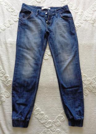 Крутецкие джинсы на манжетах  31 р. (40 евр.)