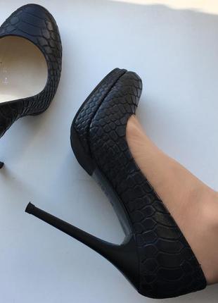 Вечерние туфли pier lucci