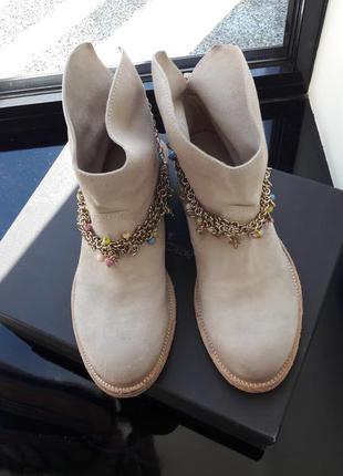 Замшевые ботинки.patrizia pepe