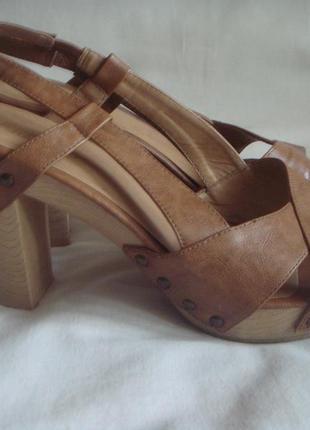 Босоножки кожаные, размер 40