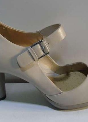 Женские туфли ecco 39р.