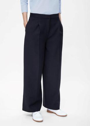 Оригинальные женские брюки от бренда cos разм. 42
